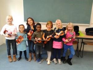 groepsfoto viool voor kleuters